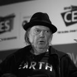 Neil Young grabará con los hijos de Willie Nelson